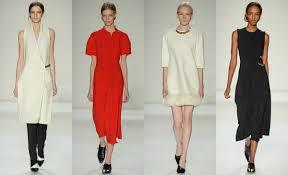 Модные коллекции платьев уходящего года